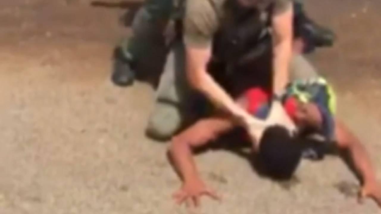 Deputy banging teen's head into ground