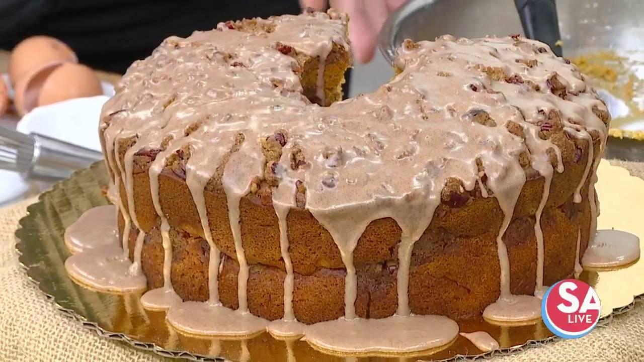 Bread_Box_whips_up_their_pumpkin_streusel_coffee_cake__SA_Live__KSAT_12_1569598601705.jpg