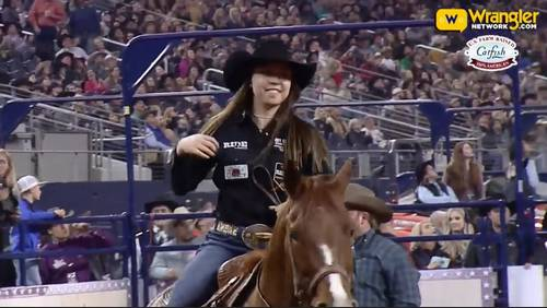 Fulshear teen wins $110,000 in roping competition