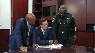 Sheriff Demings talks about Orange County's distracted driving record