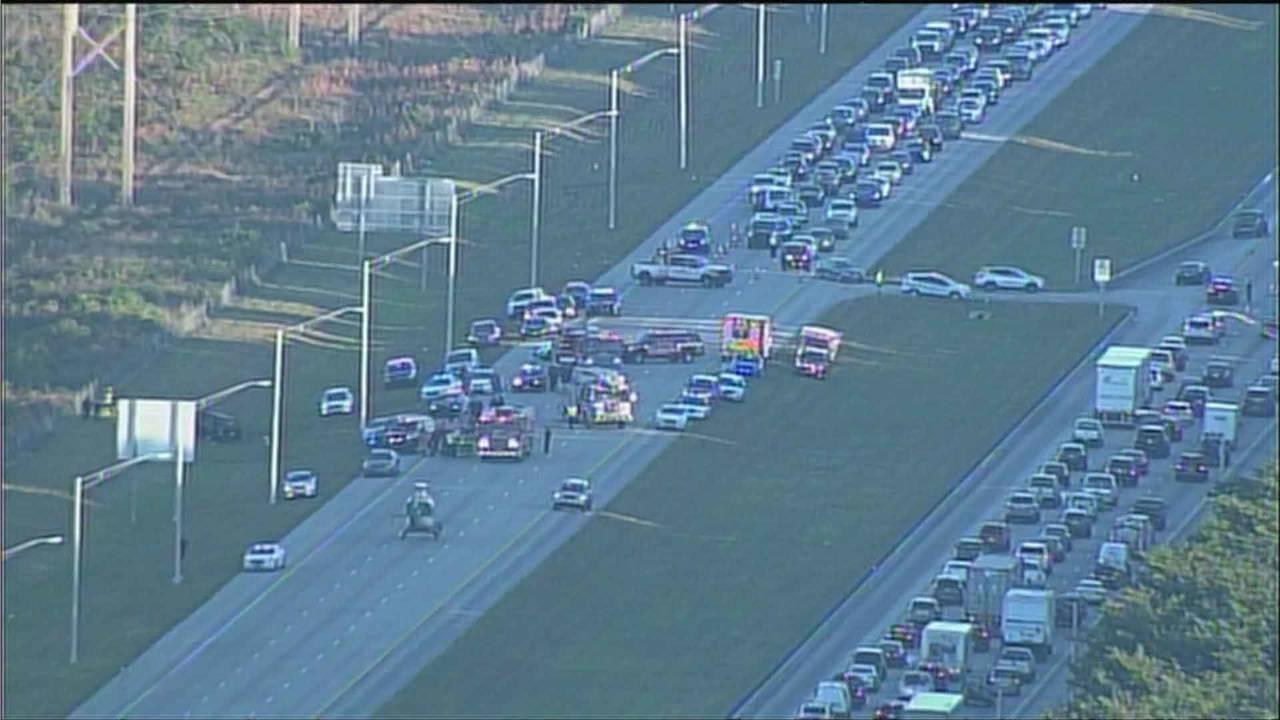 Sky 10 traffic backup on Sawgrass Expressway after crash