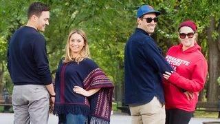 Amy Schumer and Husband Chris Fischer Photobomb Couple&#039&#x3b;s Wedding Shot