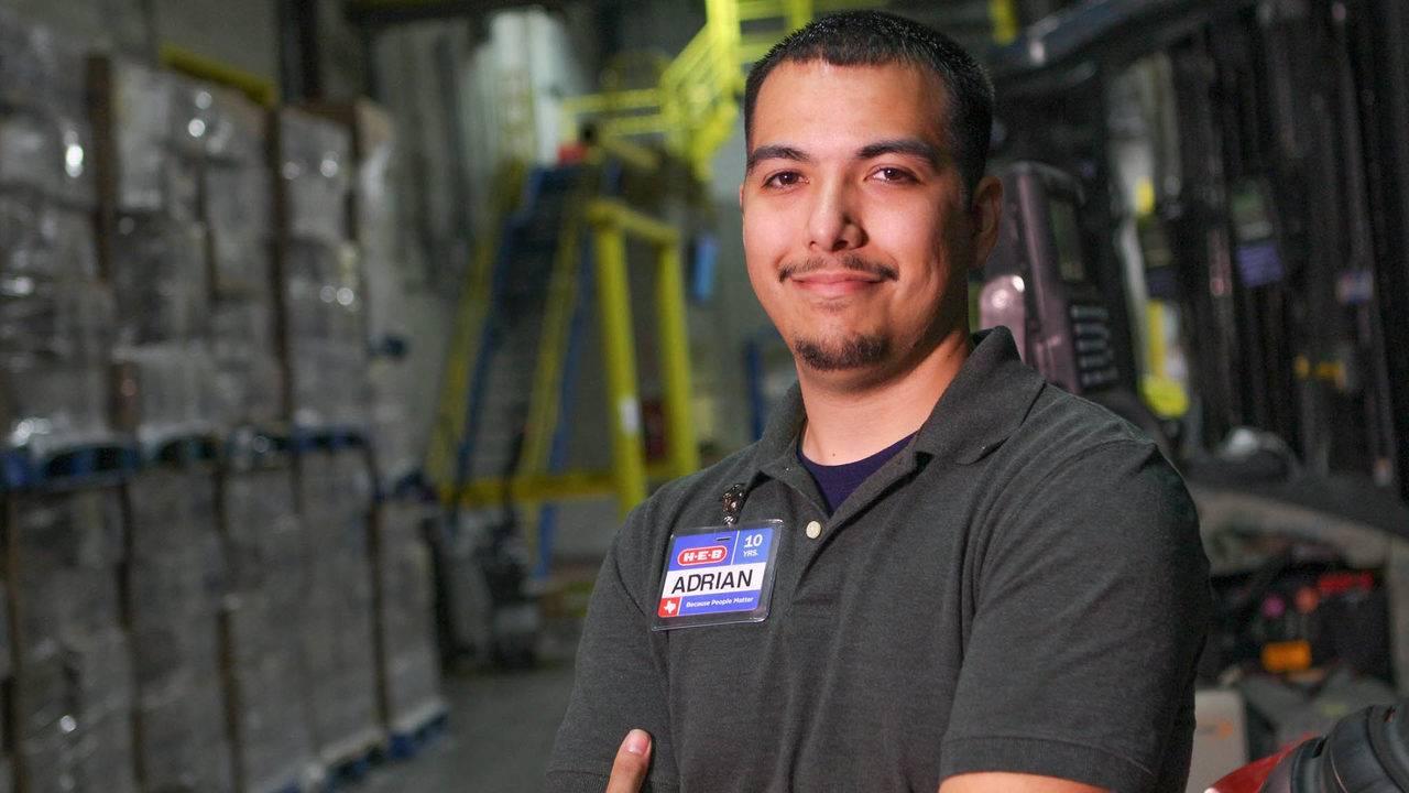 H E B To Hold Warehouse Job Fair In San Marcos
