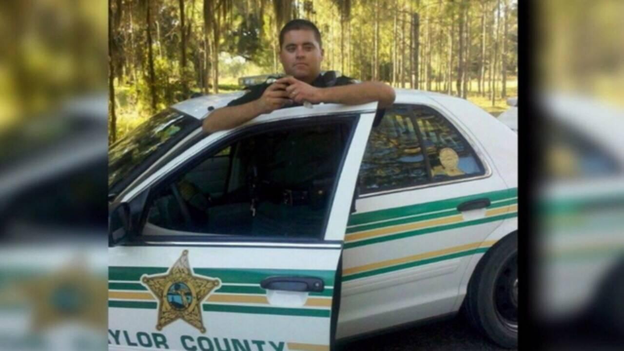Deputy in uniform_1475512551729.jpg