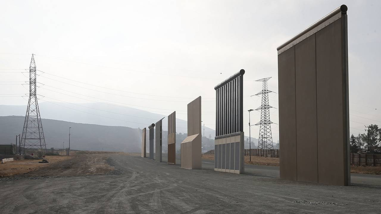 Border wall prototypes23126707-75042528
