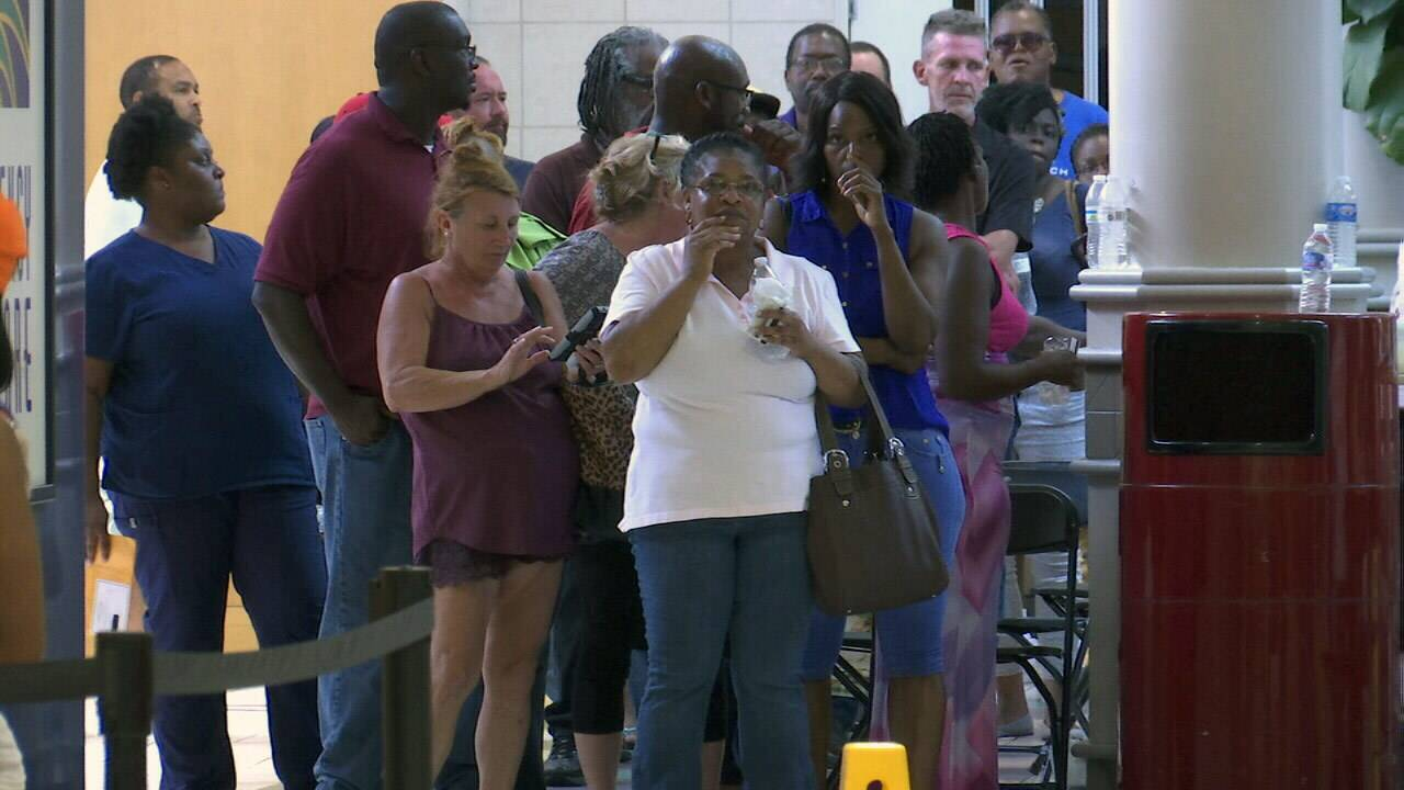300k Floridians Receive Emergency Food Aid Thousands Continue