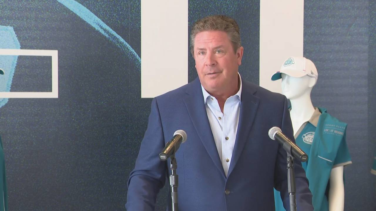 Dan Marino 'I love this place and we should have a Super Bowl every year here'