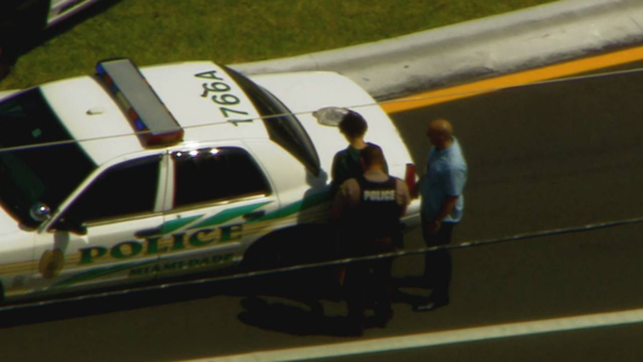 Suspect arrested after police chase in Naranja