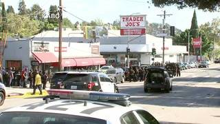 Man who took hostages at LA supermarket in custody