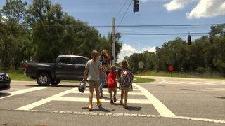 Concerns grow over lack of crossing guards near Volusia elementary school