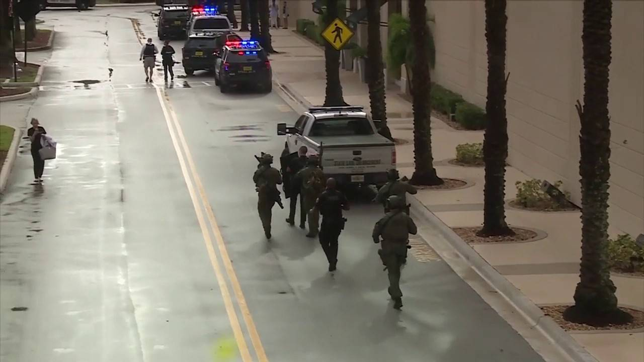Heavily armed police officers outside Town Center at Boca Raton