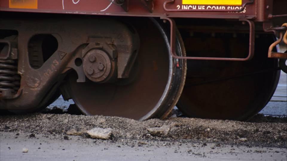 Train off tracks in Detroit 1