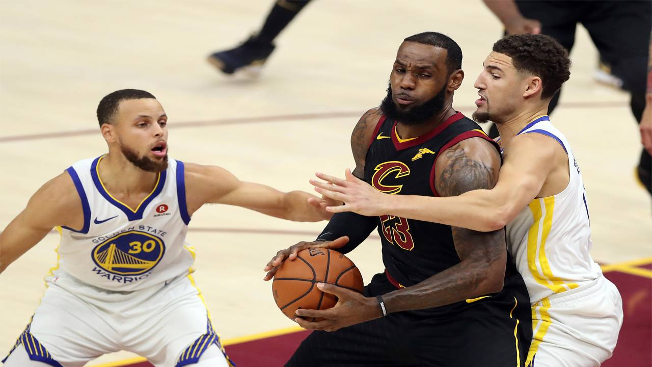 f22ce712507 Dub Dynasty  Warriors sweep Cavs for second straight title