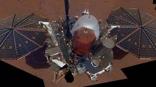 InSight takes its first selfie on Mars