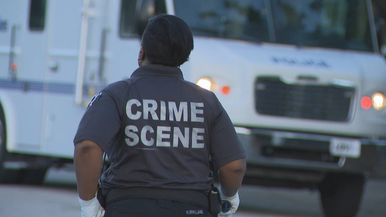 Crime scene techs in Liberty City