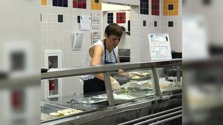 SA principal receives praise for serving breakfast to 400+ elementary students