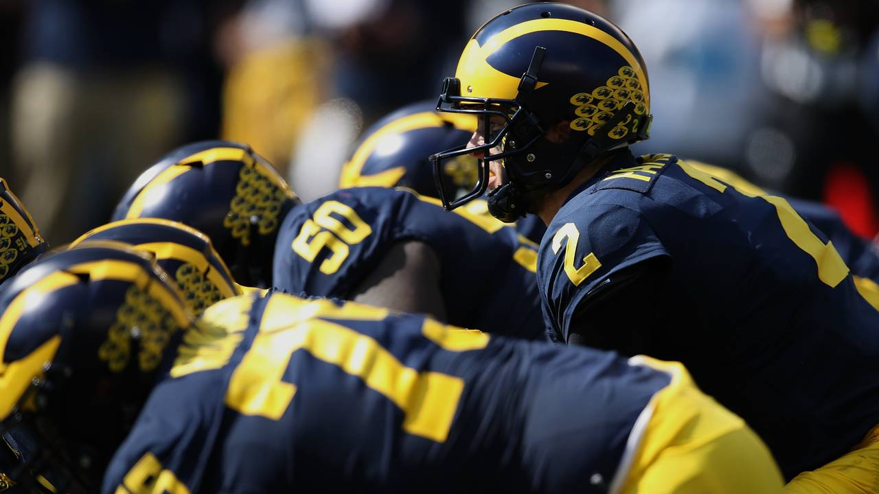 Shea Patterson and offensive line Michigan football vs Maryland 2018