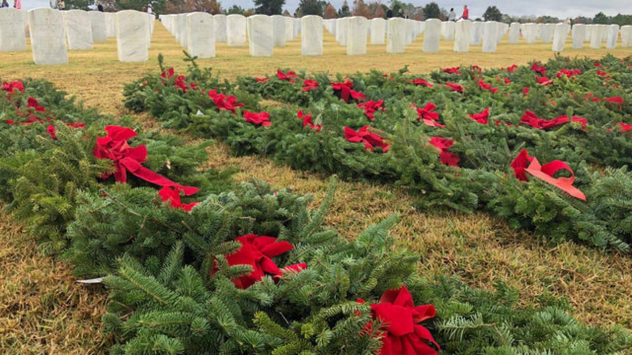 wreaths-3_1544902706036.jpg