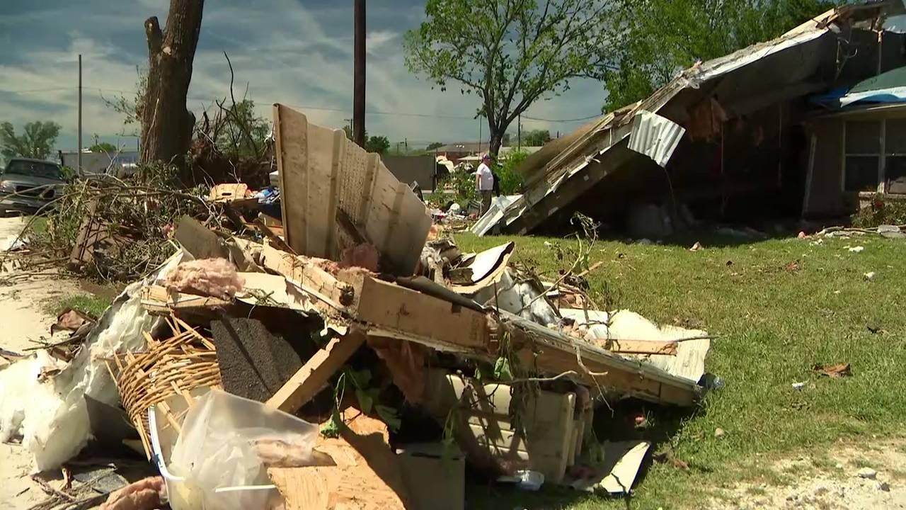 franklin tornado damage cleanup 041519
