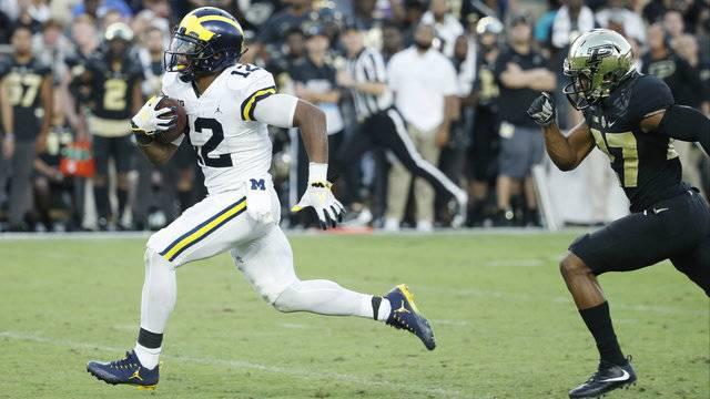 Chris Evans touchdown run Michigan football vs Purdue 2017