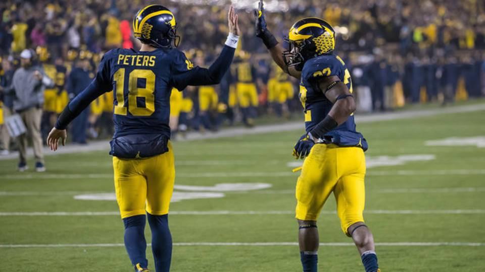 Brandon Peters and Karan Higdon Michigan football vs Minnesota 2017