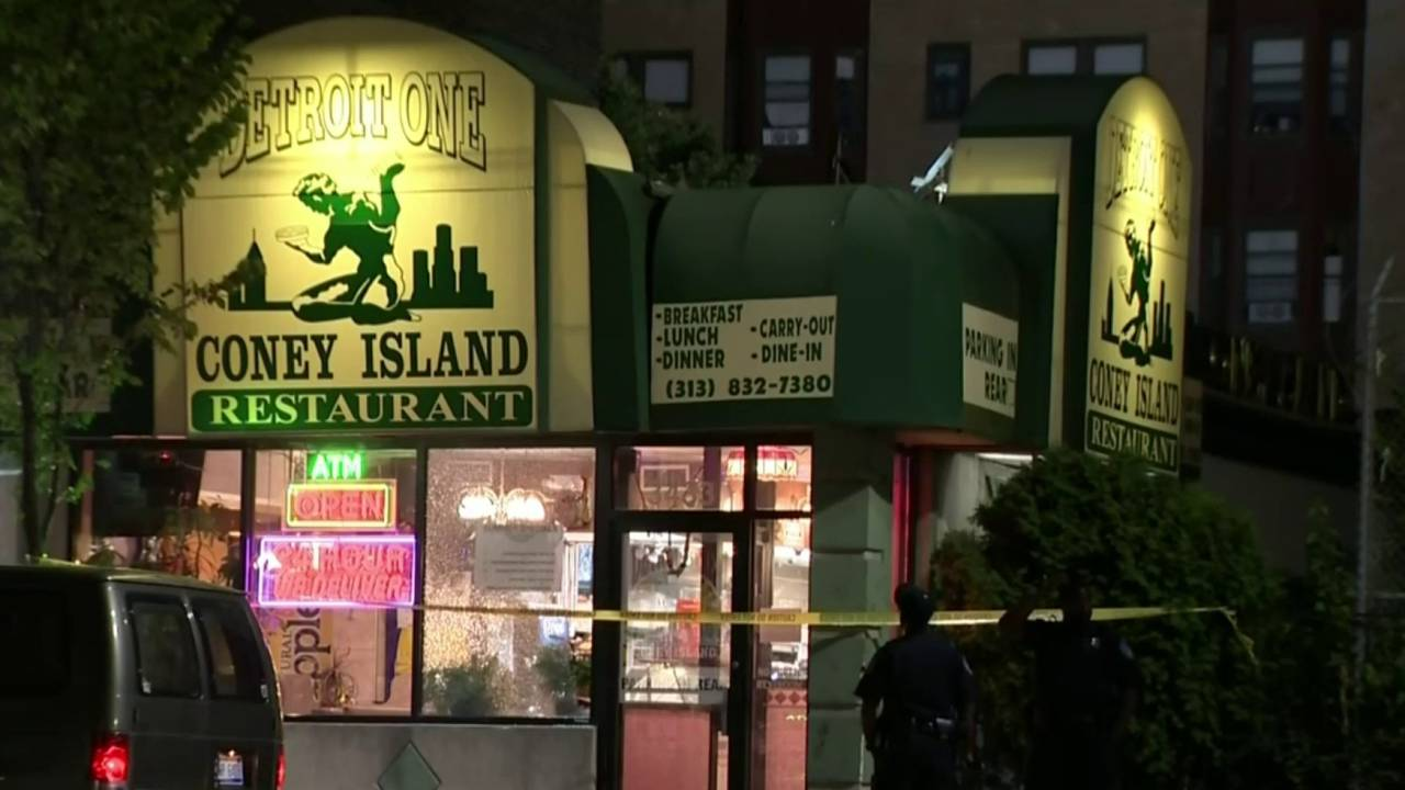 1 injured in shootout at Detroit One Coney Island in Midtown20180718101823.jpg