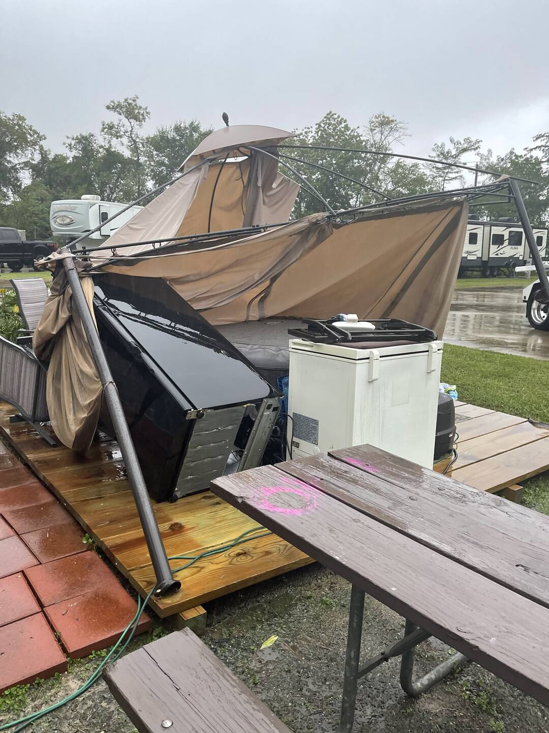 Wind damage in highlands tax from hurricane nicholas