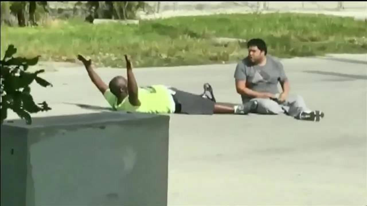 Charles Kinsey calls for peace after North Miami shooting20160729035015.jpg