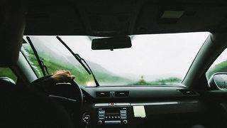 What does Florida law say about items obstructing your view while driving?