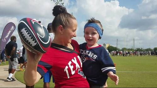 Texans LB Whitney Mercilus helps boy whose cochlear implant batteries were stolen