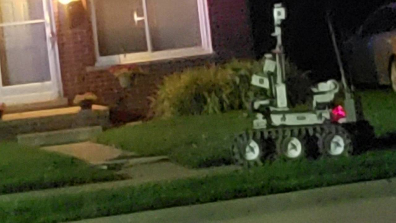Michigan State Police robot St Clair Shores standoff