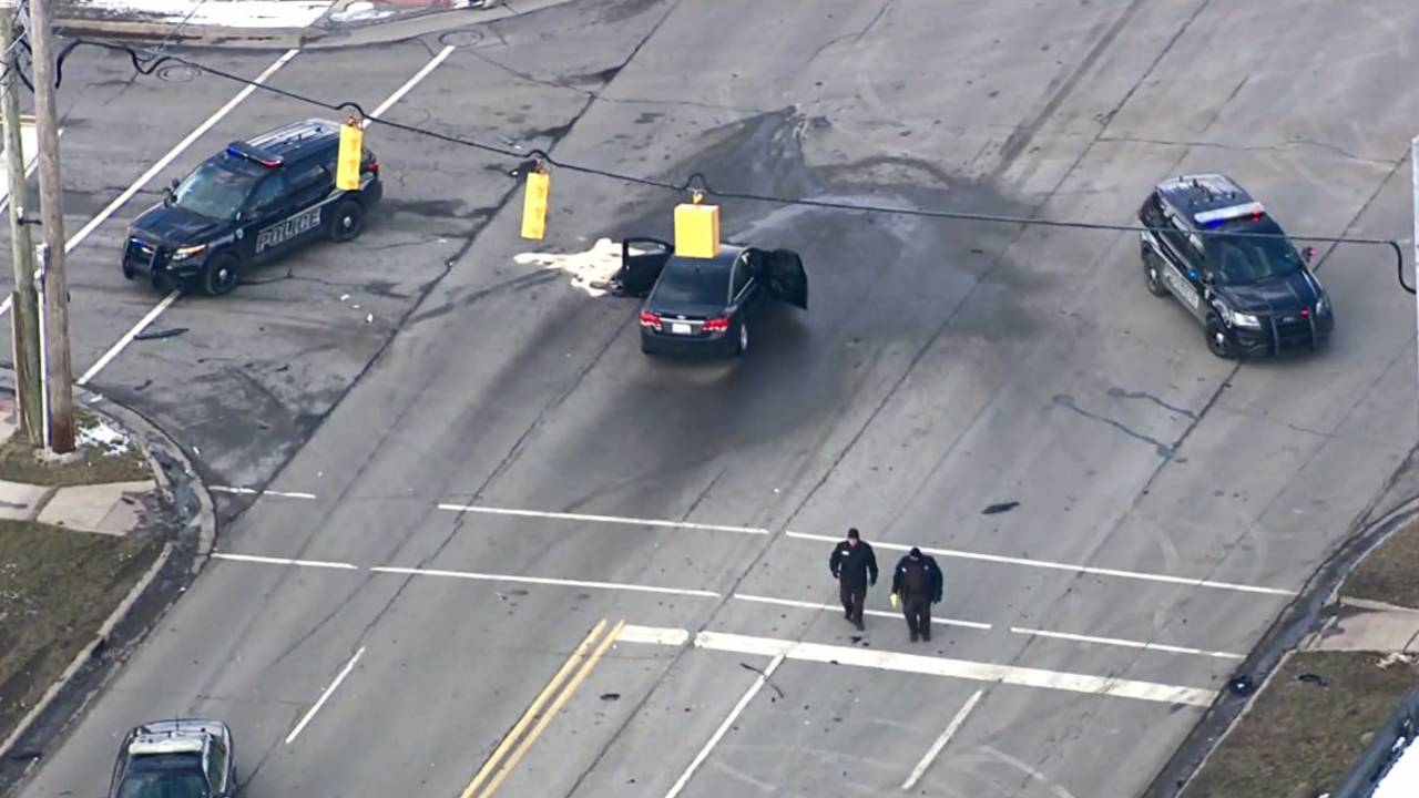 Police officers in Oakland County fatal shooting suspect