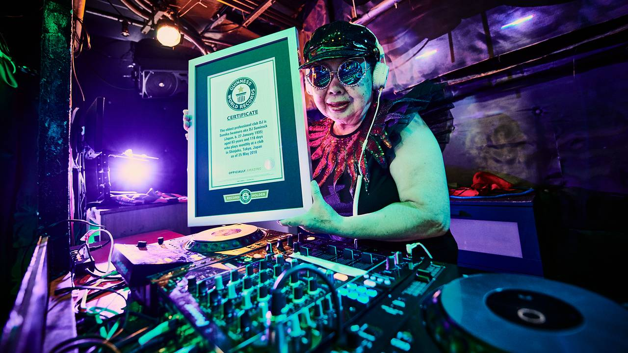 dj sumirock with plaque_1536332474572.jpg.jpg41702048