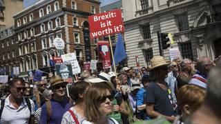Brexit marchers demand final vote on departure