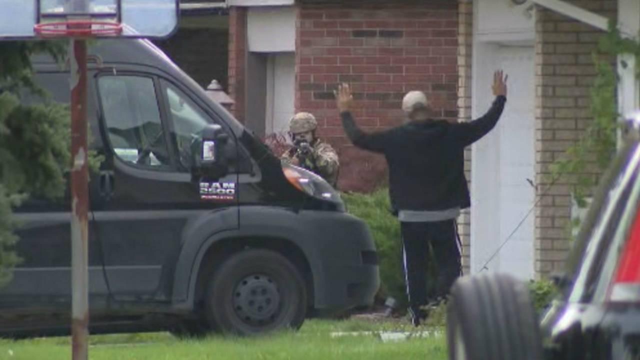 Police: Man accused of having dozens of unregistered guns