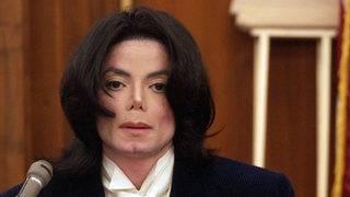 Indianapolis children's museum removes Michael Jackson's hat, gloves