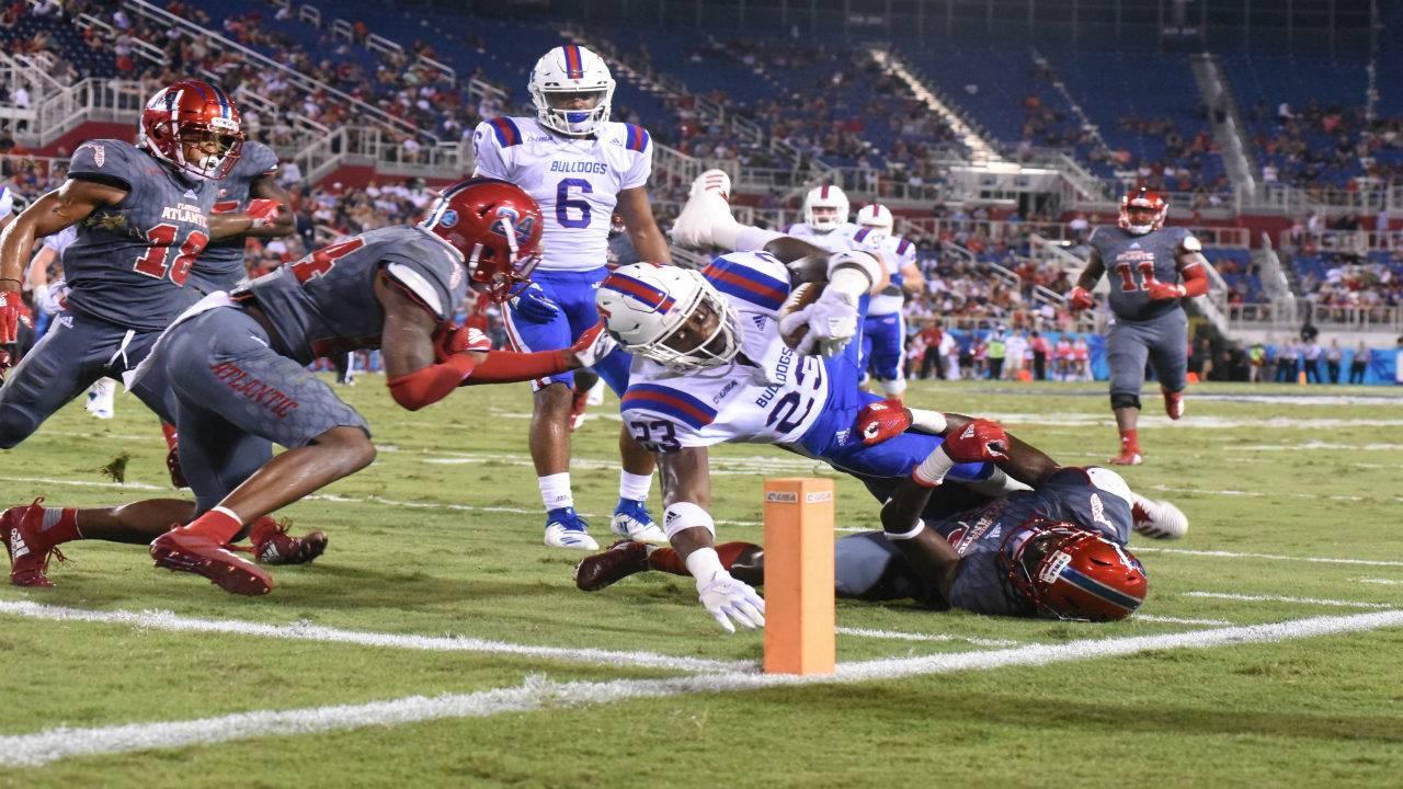 Louisiana Tech Clips Owls Wings Ends Fau S Home Winning Streak