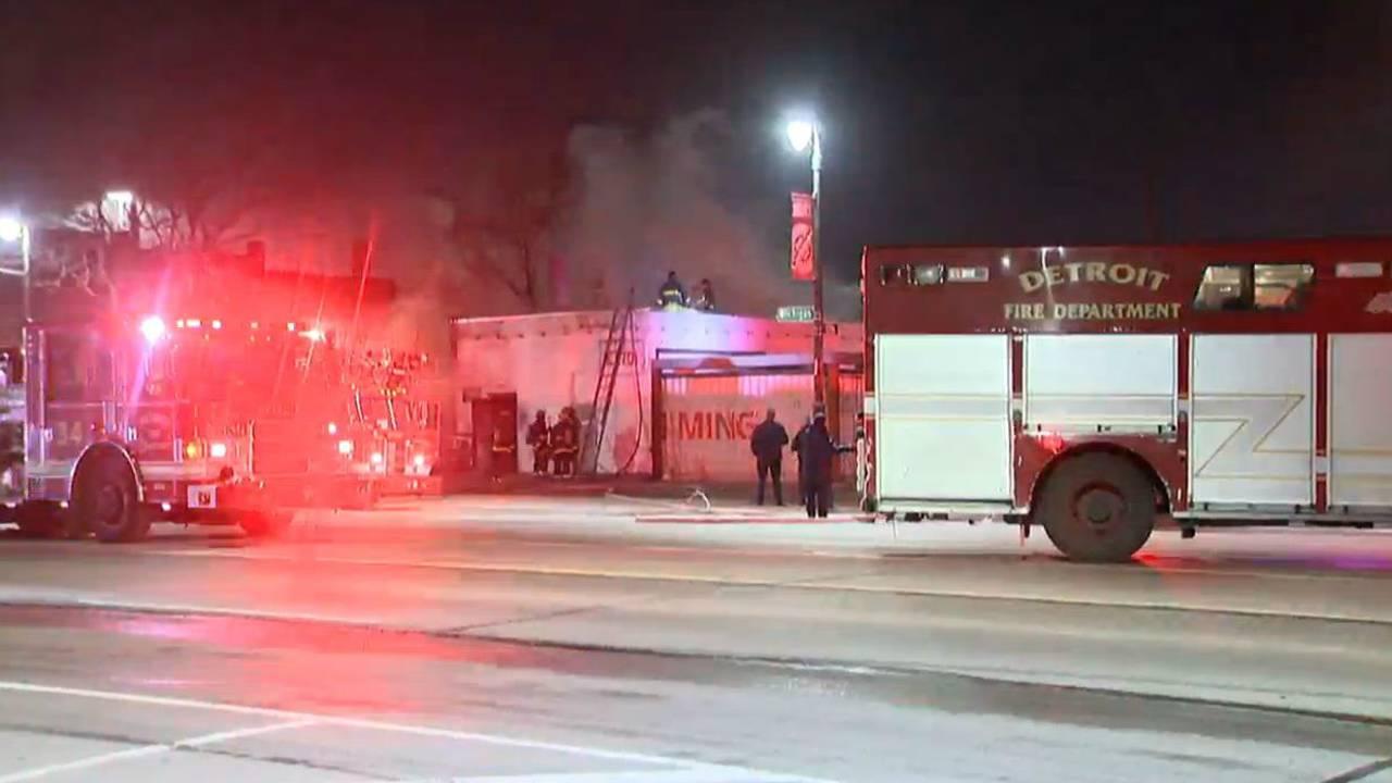 Fire michigan avenue and 19th_1487331538142.jpg