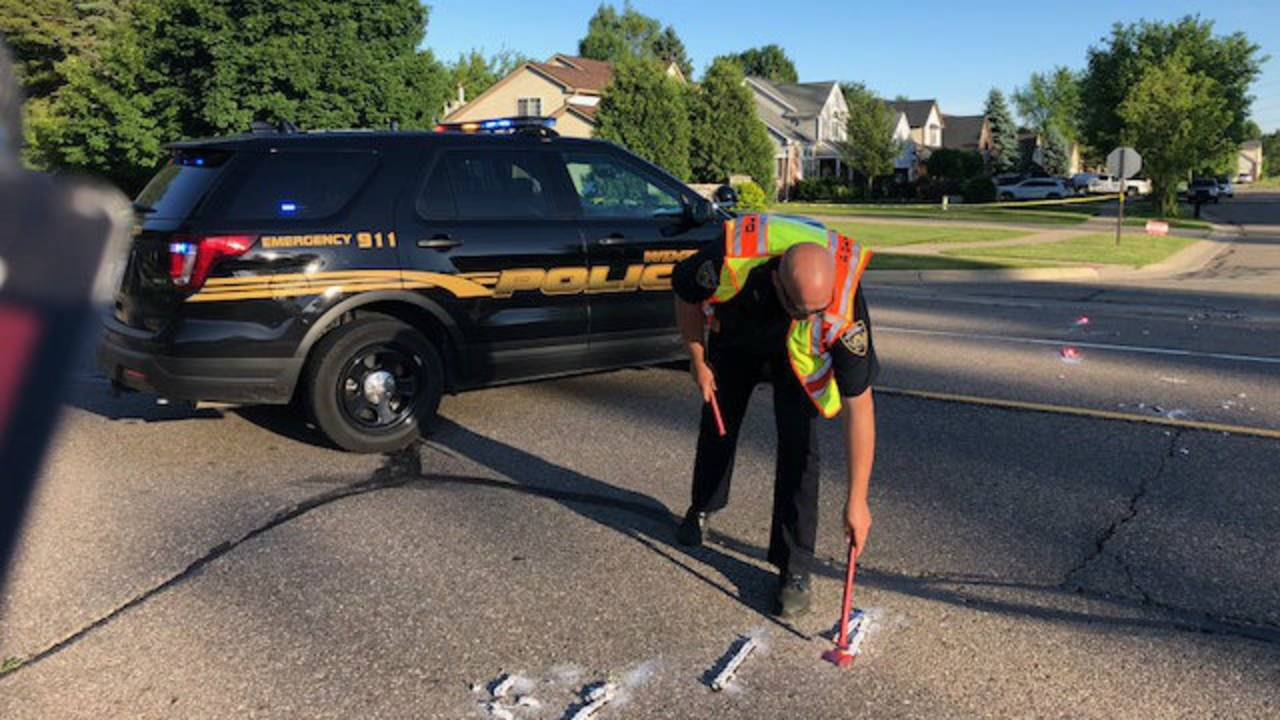 Bicyclist struck by car in Wixom 2