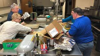 Jacksonville's Jewish community delivers Meals on Wheels on Christmas
