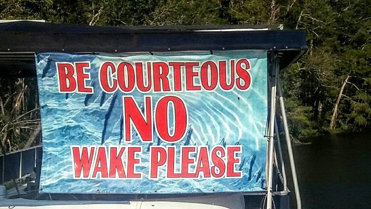 No-wake-sign_1505330667612.jpg