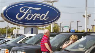 Ford recalls almost 1.4M cars&#x3b; steering wheel can come loose