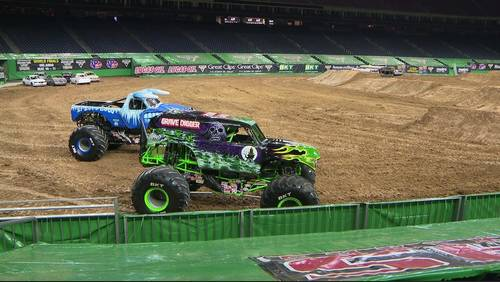Monster Jam roars its way through Houston