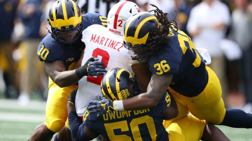 Devin Bush tackles Adrian Martinez Michigan football vs Nebraska 2018