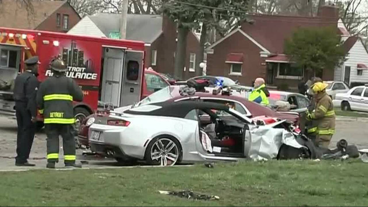 Families devastated after 2 killed, 2 seriously hurt in crash