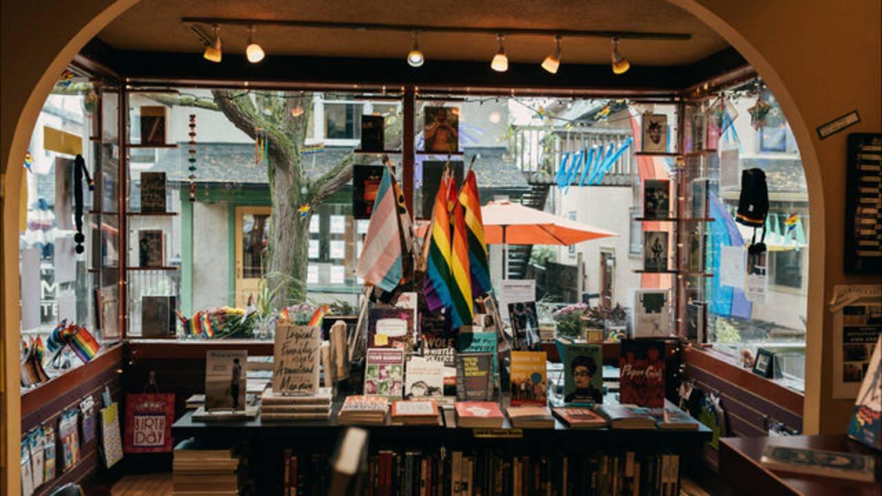 Common Language Bookstore