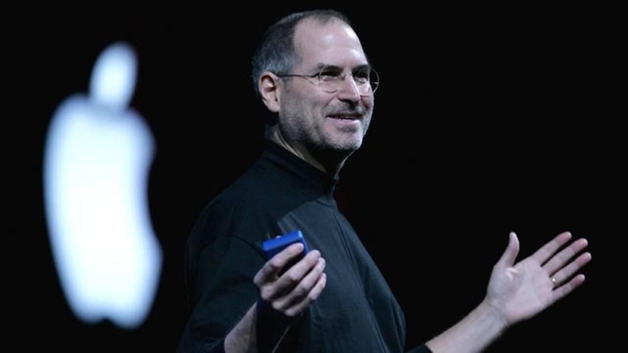 Steve Jobs_1542576431466.jpeg.jpg