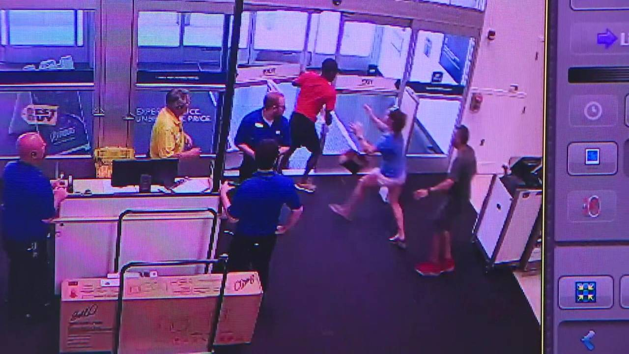 KXAS Sally Tackled In Best Buy Pasadena from kprc_1566339020381.jpg.jpg