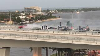 Video shows Mustang spinning in circles on Fort Lauderdale bridge
