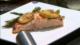 Cookin' Time With H-E-B: Garlic lemon salmon on salt slab
